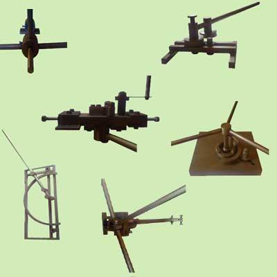 Комплект кузнечного оборудования для ручной холодной ковки металла, приспособления, станки и инструменты для ковки