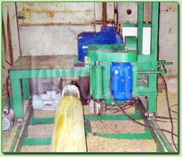 Оцилиндровочный станок для производства оцилиндрованного бревна