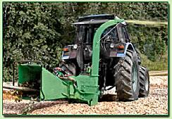 Рубительная машина с приводом от трактора
