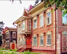 Памятники деревянного зодчества в современных городах России